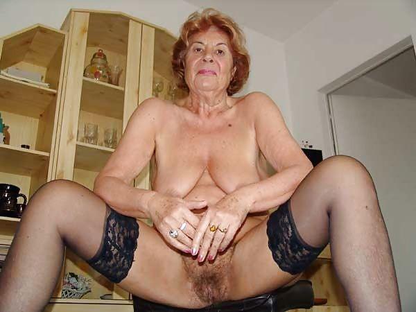 porn free pic grannies Amateur