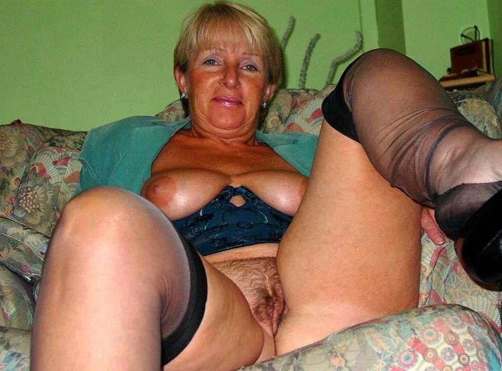 Grannies amateurs mature real