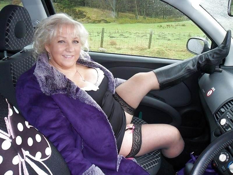 naked car Granny