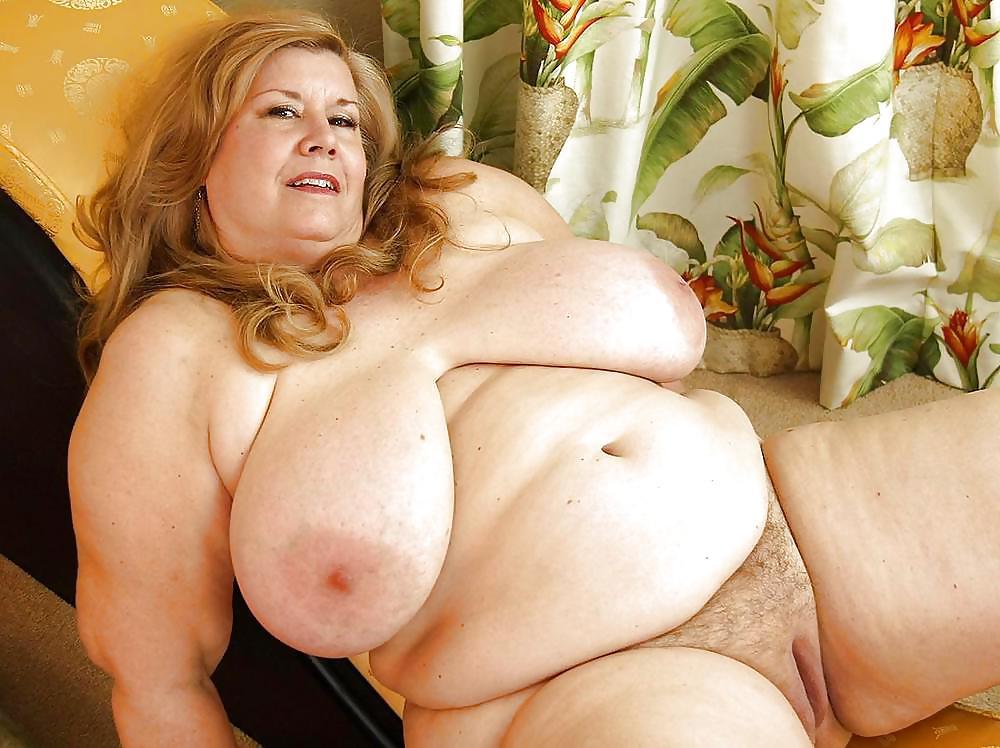xxx mom curvy sharon